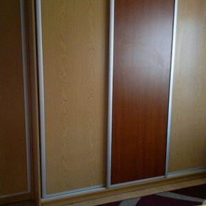 Szafa 3 drzwiowa z kolumną min