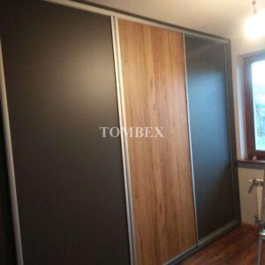 Szafa 4 drzwiowa na całą ścianę (12)_wm