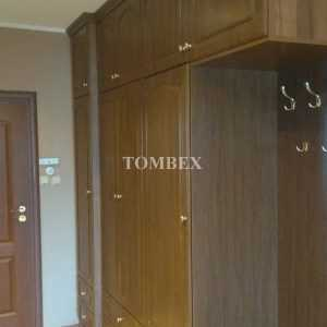 Fronty otwierane w szafie